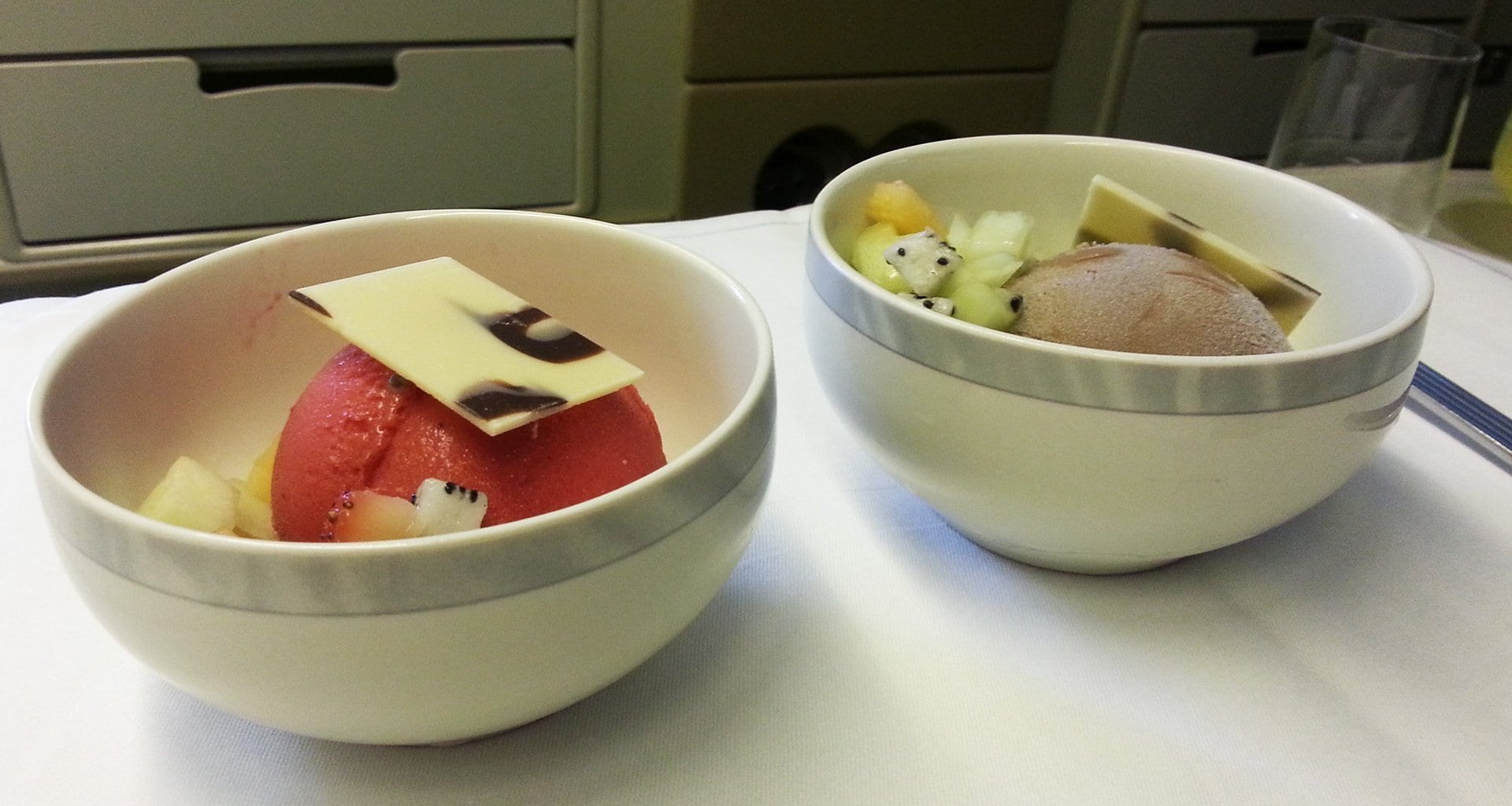 Singapore Airlines business class desserts