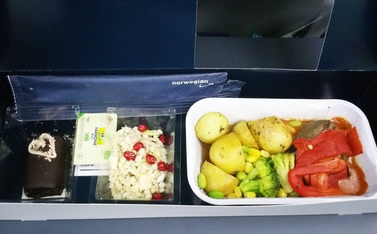 Norwegian airlines premium economy class meal