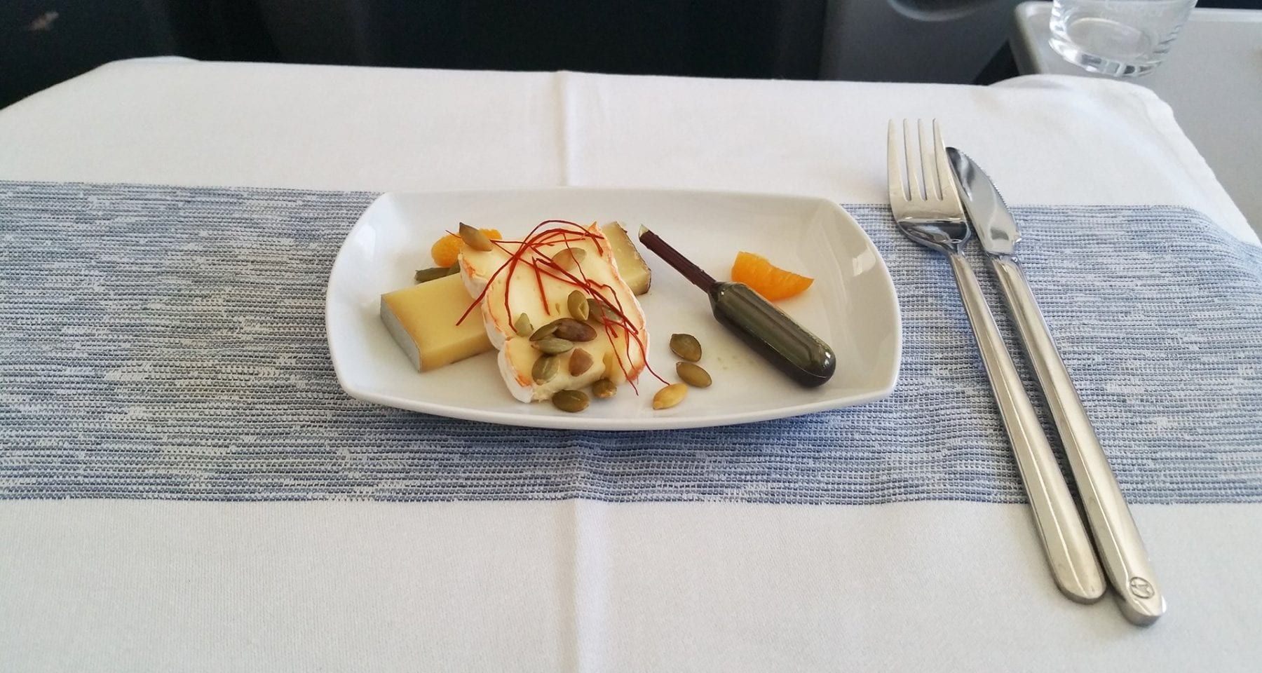 condor airlines business class cheese plate