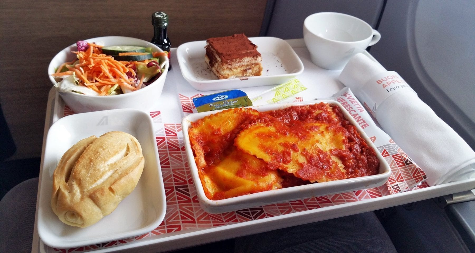 alitalia business class meal
