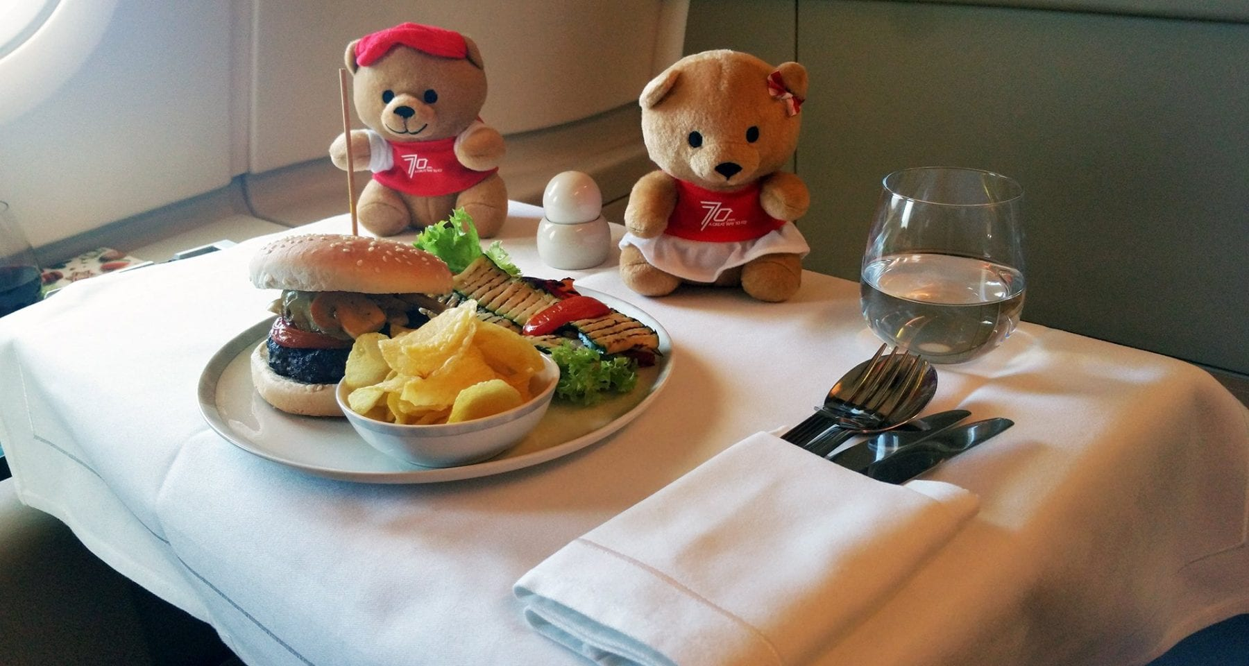 ingapore airlines business class kids burger meals