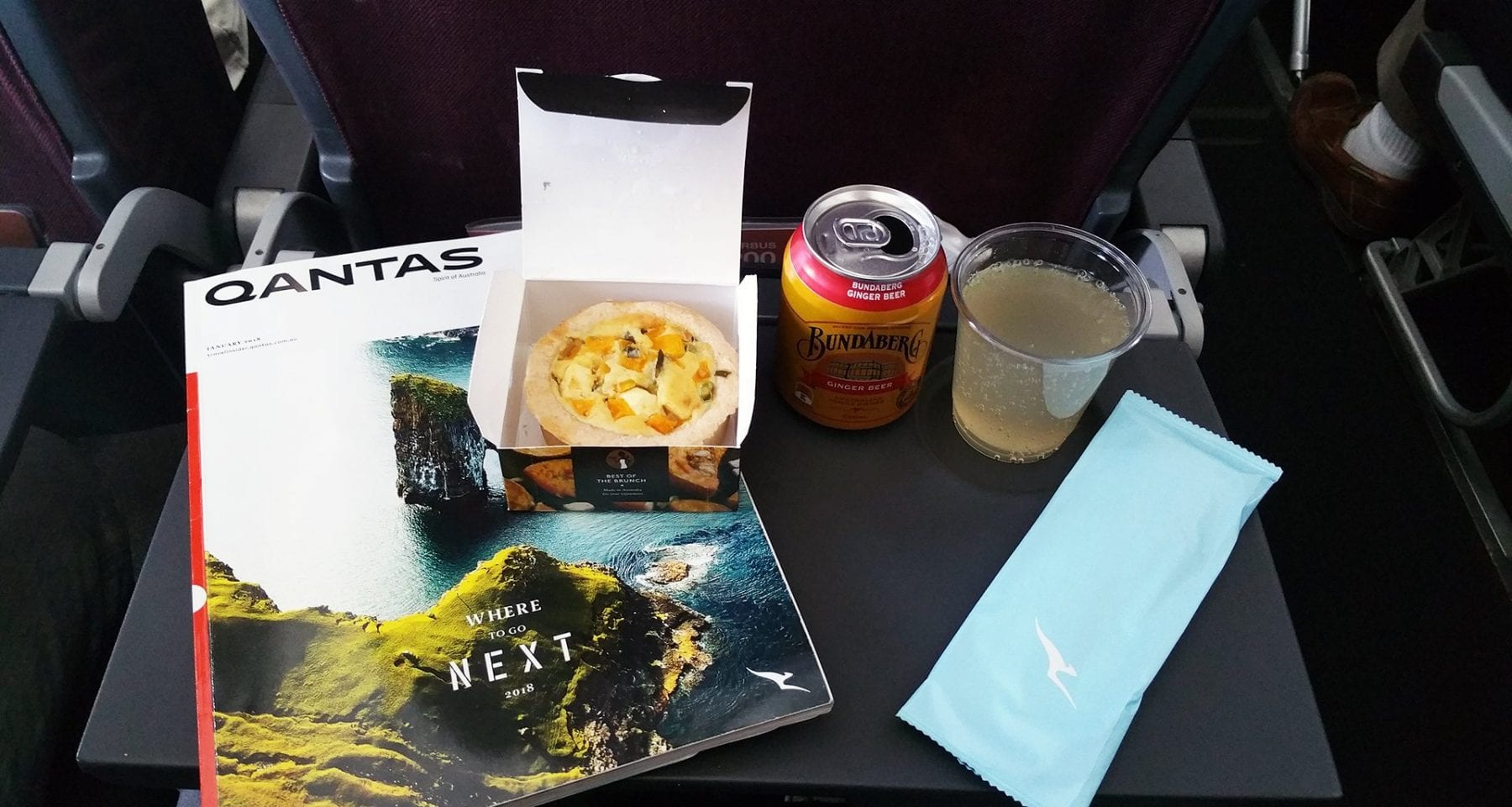Qantas economy class meal melbourne to sydney