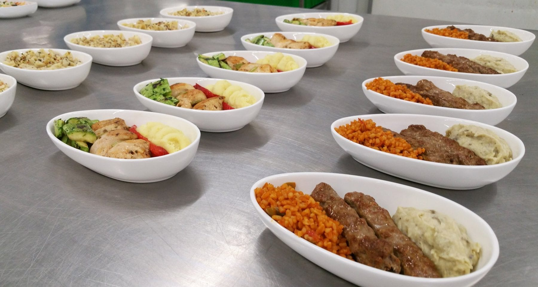 Do&Co Catering Istanbul. Business class meal presentation