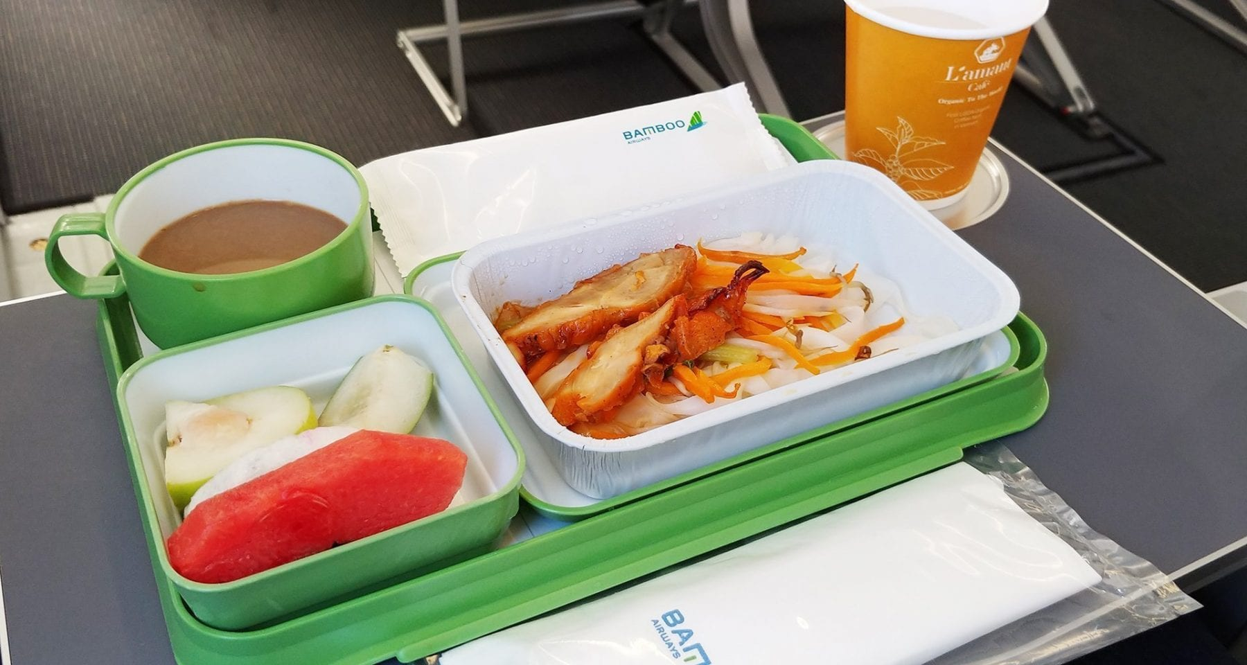 bamboo airways meal economy class