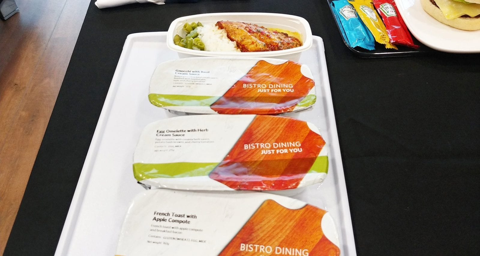 Delta main cabin hot meal options economy class