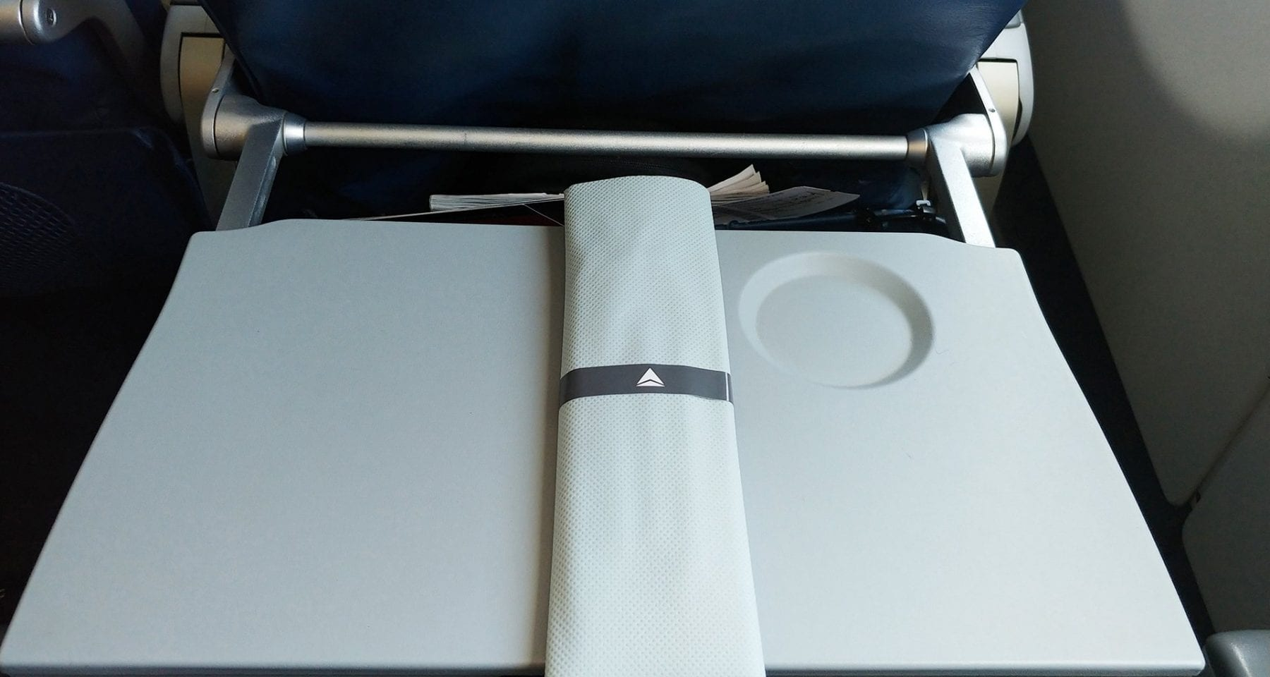 delta.tray mat.before opening