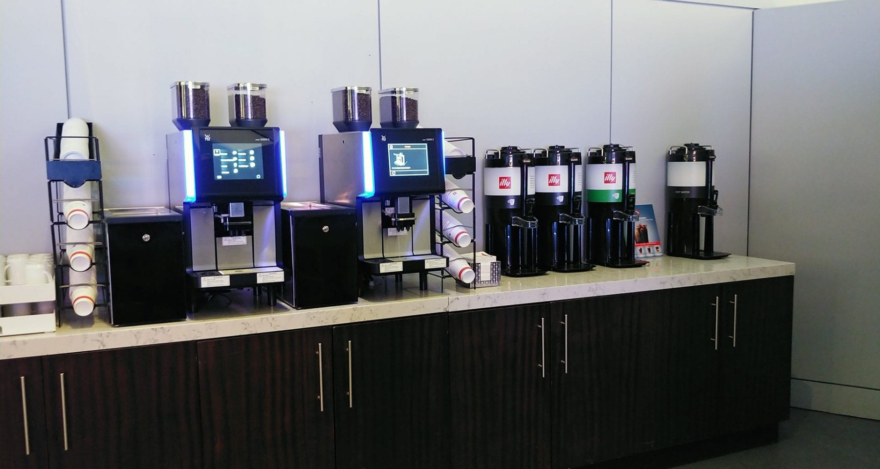 United Airlines Illy coffee station Newark airport lounge