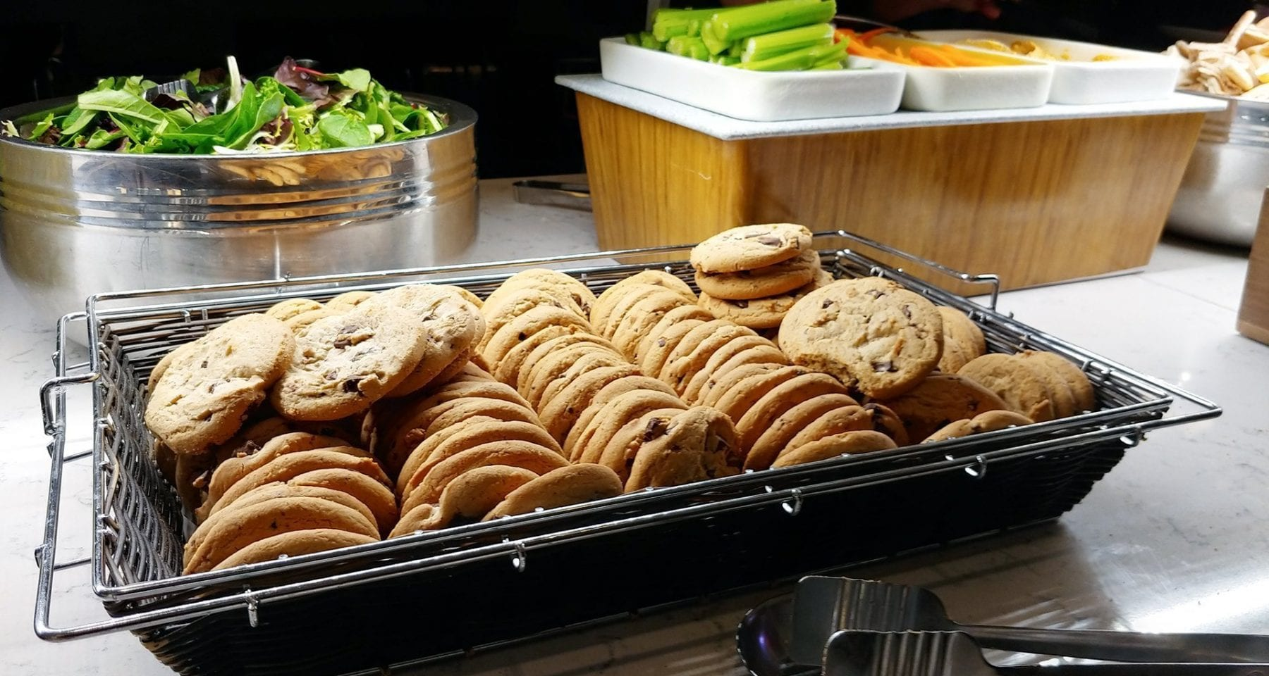 United Airlines cookies Newark Airport Lounge