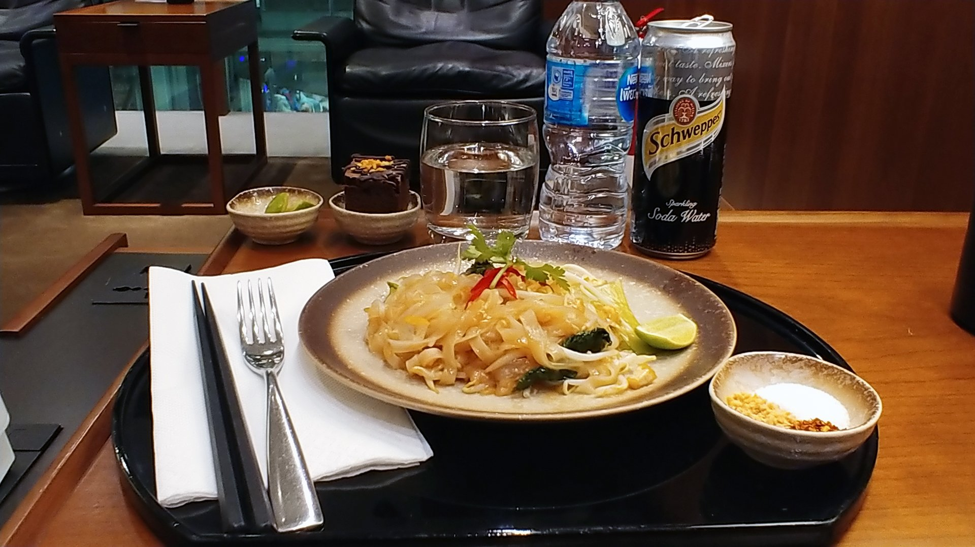 Cathay Pacific Lounge Noodle Bar food