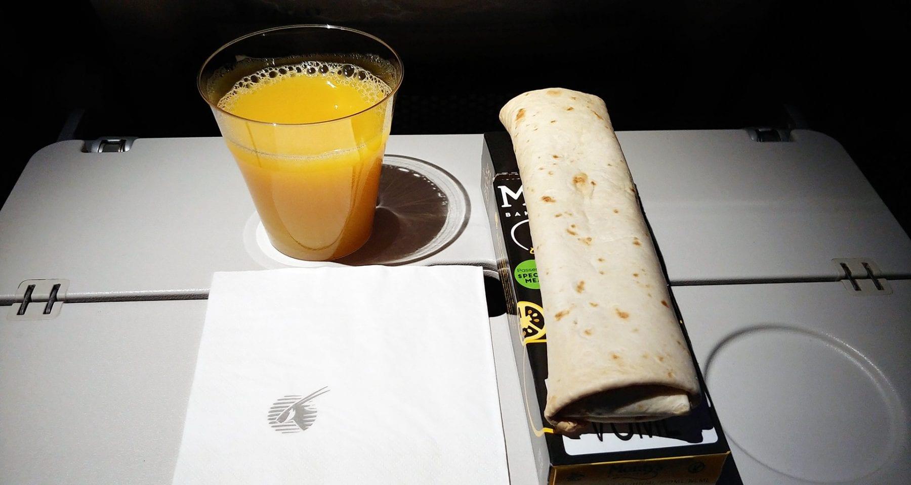 Qatar Airways economy class snack Helsinki to Doha