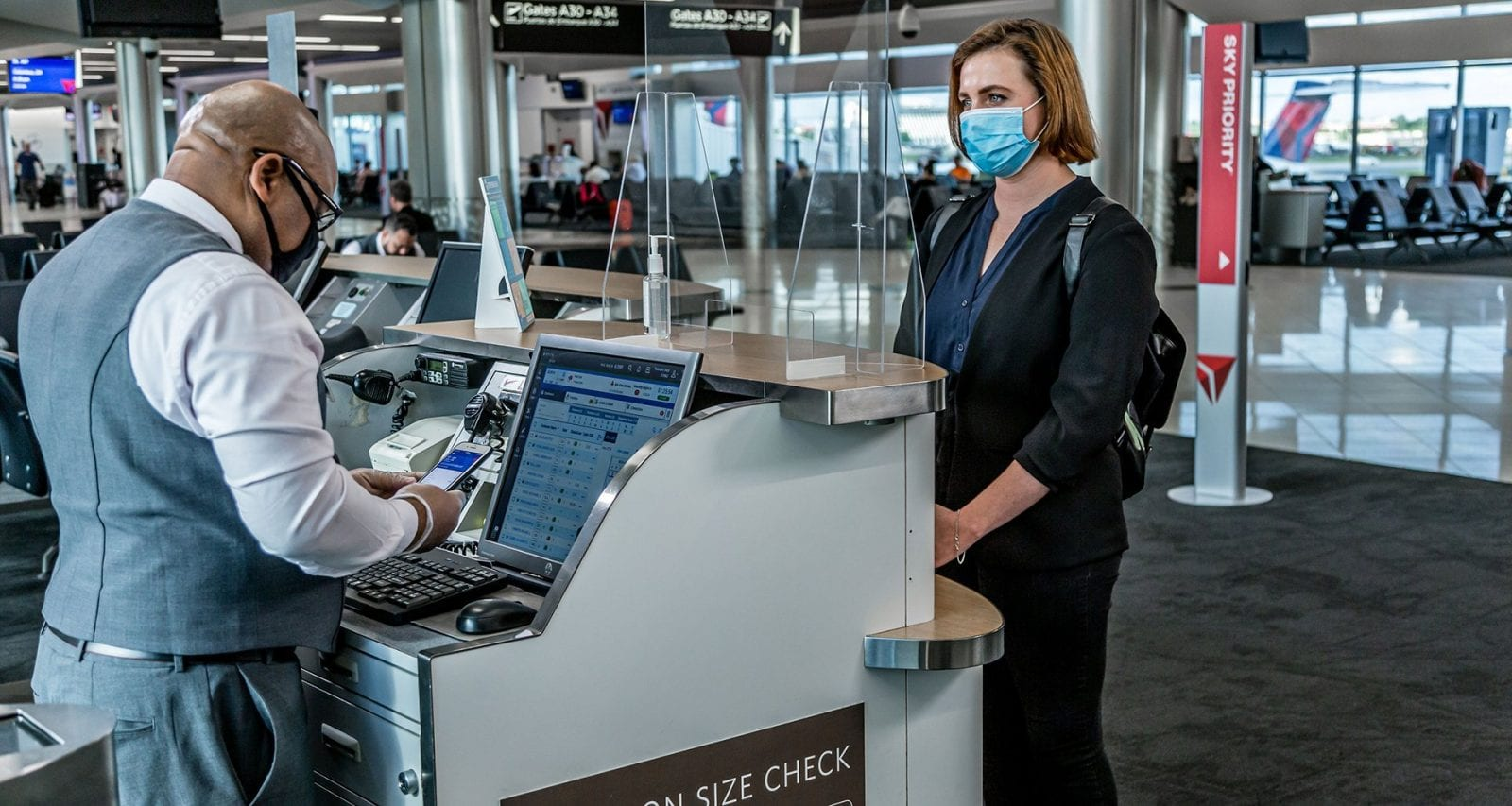 delta airlines customer boarding