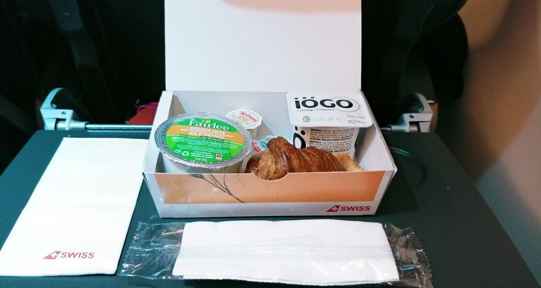 swiss air breakfast box