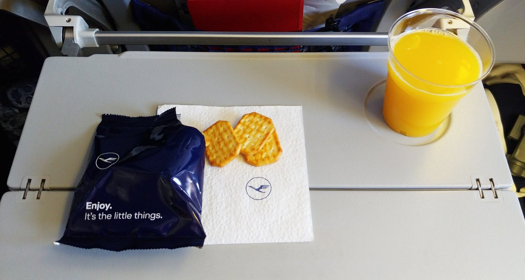 lufthansa after take off snacks