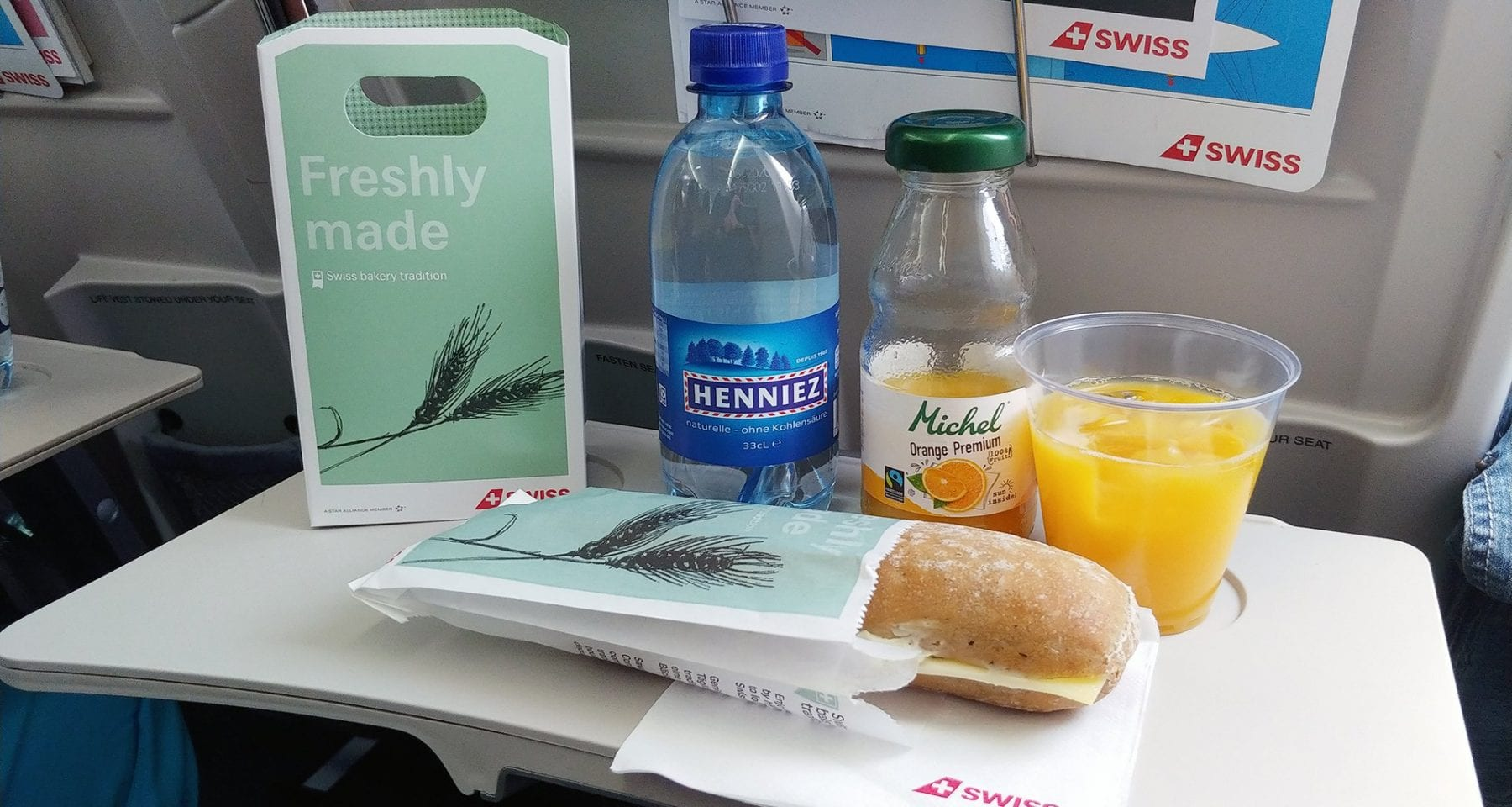 swiss airlines economy class meal
